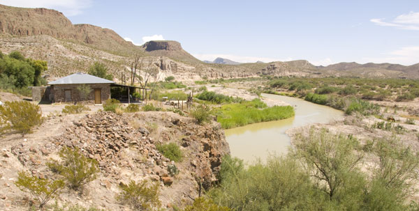 The Rio Grande Rock House overlooks the Rio Grande.